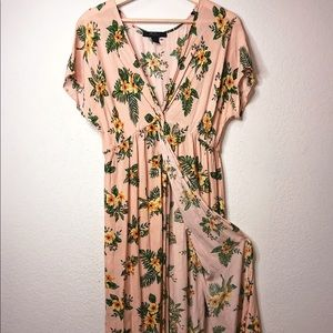 FLORAL F21 OVERPIECE